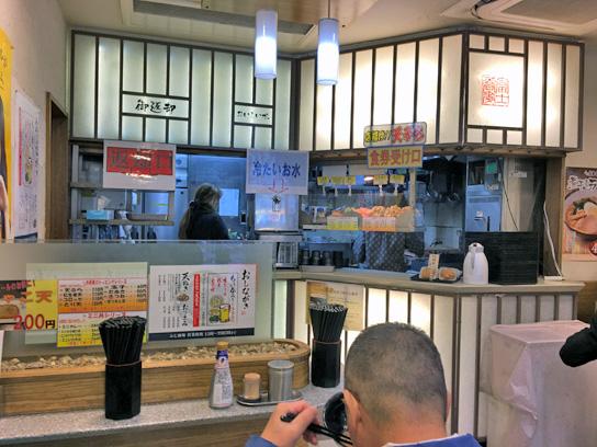 161103富士新橋厨房.jpg