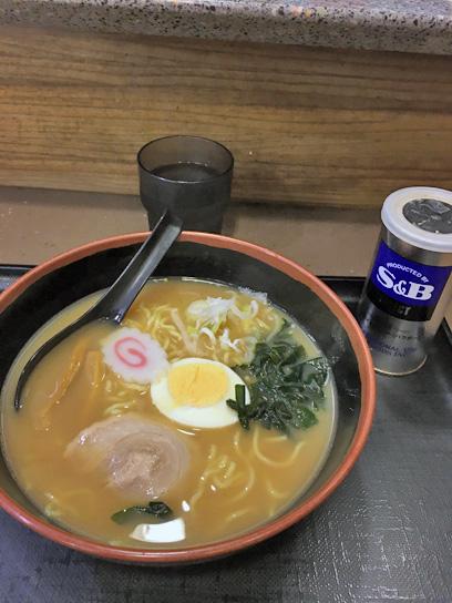 161103富士新橋煮干しラーメン1.jpg