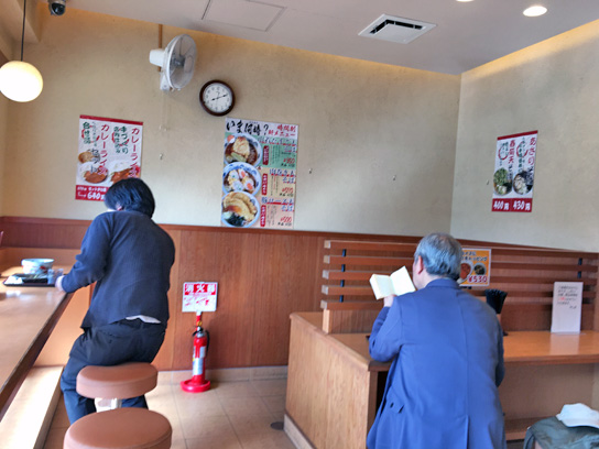 170423やしま行徳店内.jpg