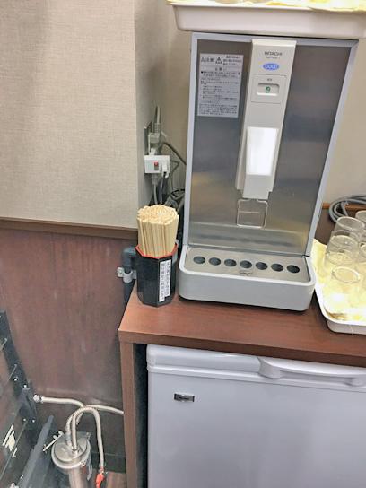 170512そばよし京橋冷水器浄水器.jpg