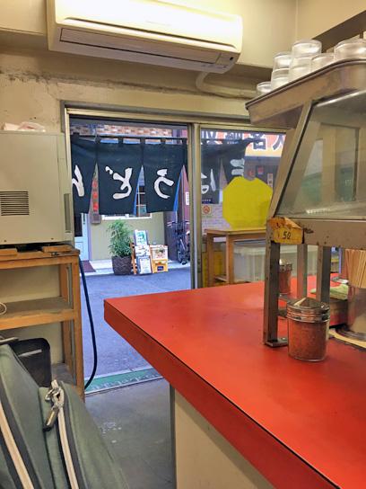 171121六文人形町冷水器&入口.jpg