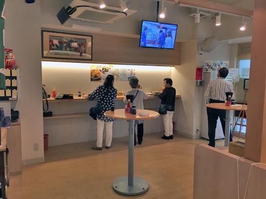160421喰い亭店内.jpg