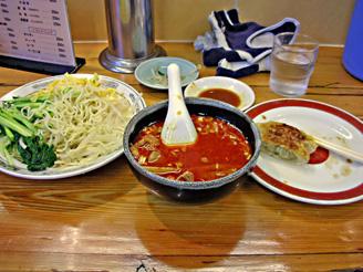 170723亀餃味噌ラー油つけ麺.jpg