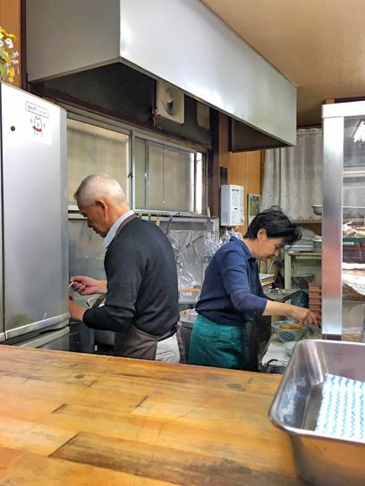 171006遠野屋厨房大忙し.jpg