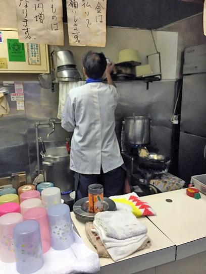 180204原木そば厨房2.jpg